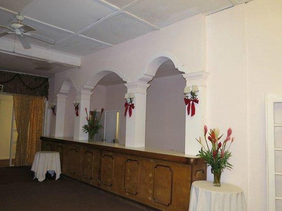 Chateau Caribbean: Lobby area