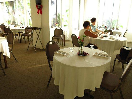 Chateau Caribbean: Restaurant