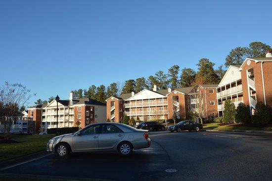 Holiday Inn Club Vacations Williamsburg Resort: Housing buildings