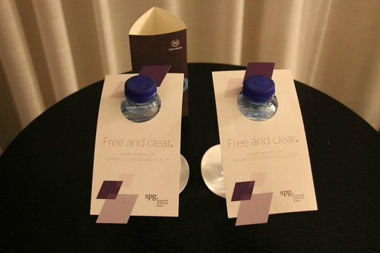 Sheraton Amsterdam Airport Hotel and Conference Center: Free water bottles
