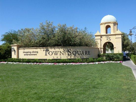 Town Square Las Vegas : タウンスクエア外観