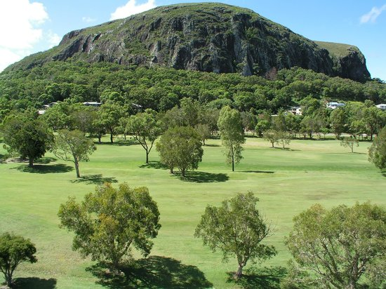 Mount Coolum Golf Club : Mt Coolum Golf Club - views of the Rock from the course