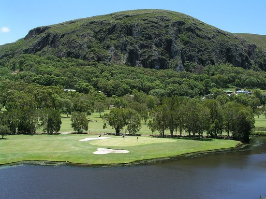 Mount Coolum Golf Club : Mt Coolum Golf Club