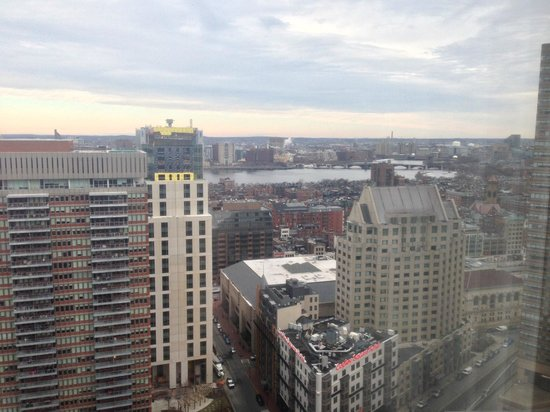 Boston Marriott Copley Place : view from river-view room