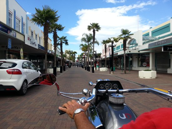 Supertrike Tours and Hire: Just cruising