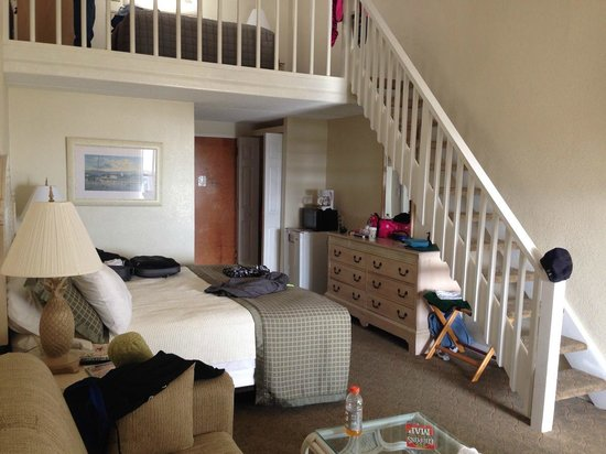 Surf Side Hotel : Main floor of room