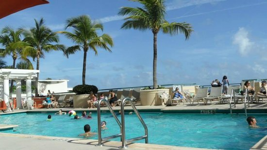 Nice Outdoor Pool Picture Of Marriott S Beachplace Towers Fort Lauderdale Tripadvisor