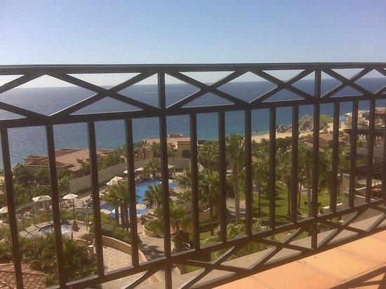 Pueblo Bonito Sunset Beach Golf & Spa Resort: Sitting on my lounge on the balcony of 1751