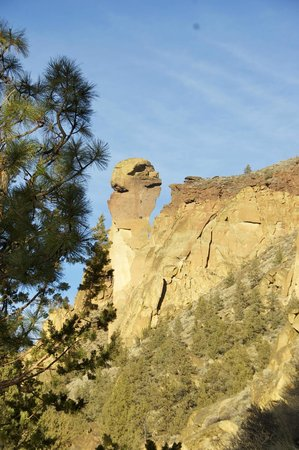 Smith Rock State Park: Monkey Face; 5+ difficulty