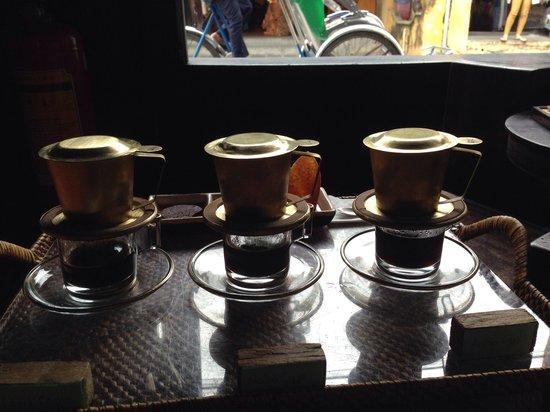 Reaching Out Tea House: Coffee set