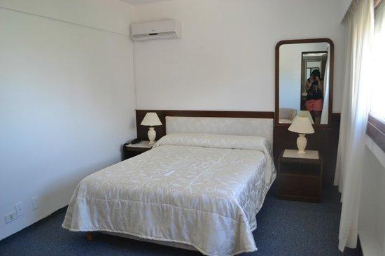 Iberia Hotel Punta del Este: Quarto