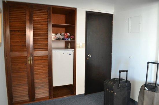 Iberia Hotel Punta del Este: Entrada do quarto