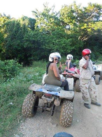 Chukka Caribbean Adventures : Peace and Love
