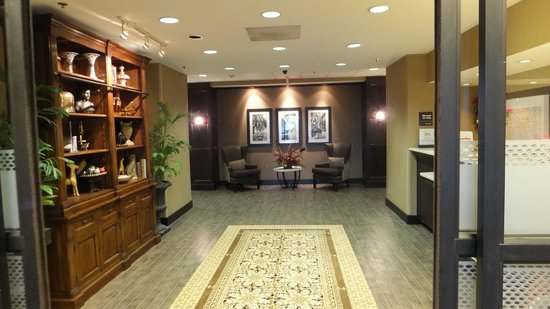 Hampton Inn Myrtle Beach - West: Front Desk Area