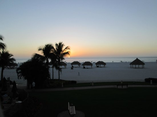 JW Marriott Marco Island Beach Resort: Sunset from room balcony