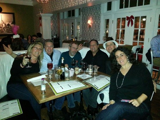 Olive Lucy's Kitchen Table: Happy New Thanks to Olive Lucy's good food n service!