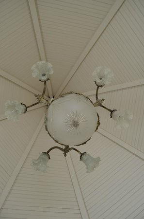 Williams Cottage Inn: Top of the turret in the Dome Room