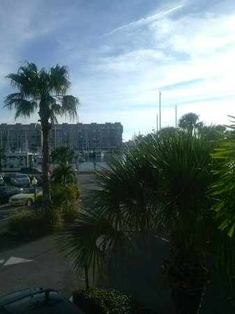 Best Western Plus Yacht Harbor Inn : Balcony View