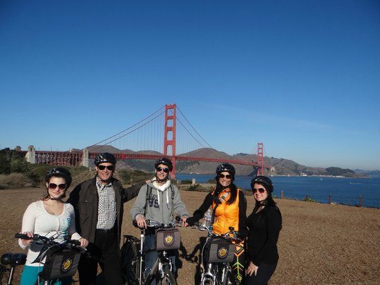 Bay City Bike Rentals and Tours : Golden gate by bike