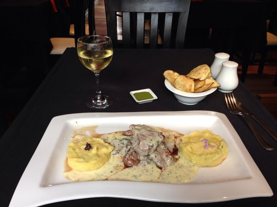 Marcelo Batata Restaurant: Lamb ribs with three cheeses and yummy potatoes