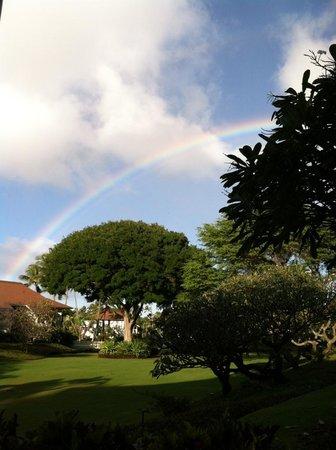 Kiahuna Plantation Resort: Plantation Gardens with rainbow
