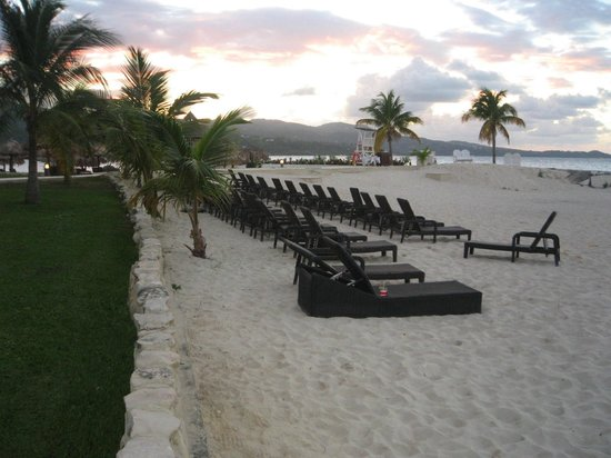 Secrets St. James Montego Bay : lovely sunsets
