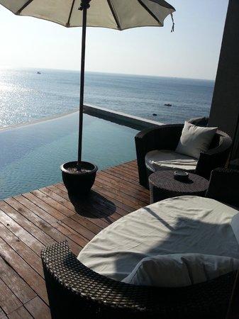 Impiana Private Villas Kata Noi: Comfy sofa