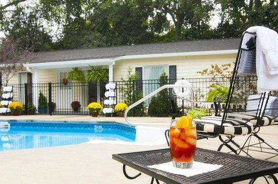 Antebellum Inn: The Pool Cottage