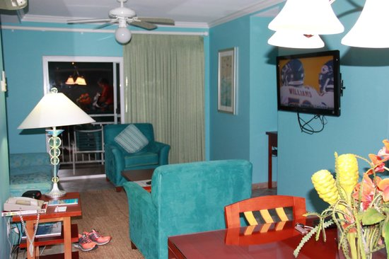 Oyster Bay Beach Resort: Living room