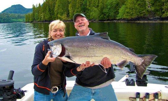 Chinook Shores Lodge: King Salmon Fishing