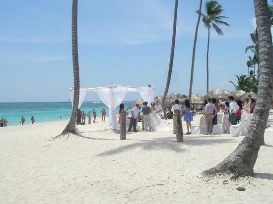 Majestic Elegance Punta Cana: Casamento na praia