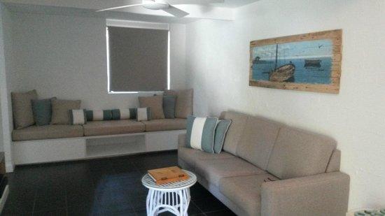 Bayshore Bungalows : Lounge