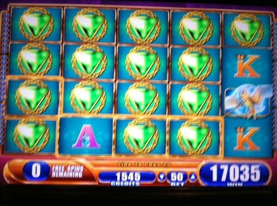 Wild Horse Pass Hotel & Casino: All Wild winning on 50-cent bet slot machine