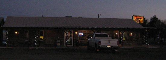 The Village Inn Motel & Restaurant : The Village Inn Restaurant