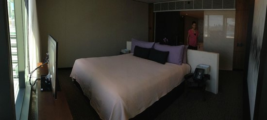 The Darling : Bedroom