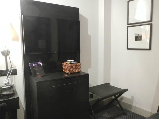 Malmaison Manchester: Flat screen TV