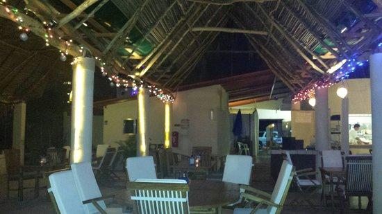 Restaurant Bar Las 3 Palapas : Dining room