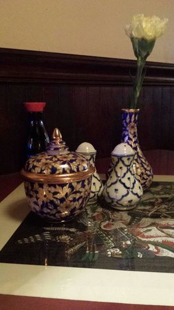 Thai Garden: Table setting