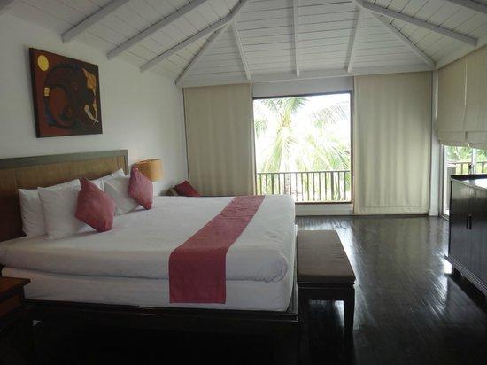 Iyara Beach Hotel & Plaza: Our 3rd floor suite