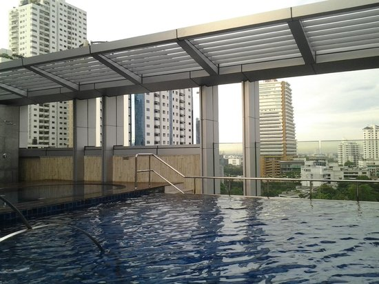 Bangkok Marriott Hotel Sukhumvit : Pool