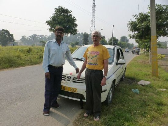 Indian Trip Maker : Dinesh and Me in Attiana.