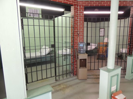 Wally's Service Station : The jail cells in Mayberry Courthouse