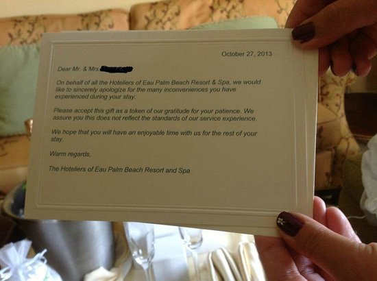 Eau Palm Beach Resort & Spa: Note sent with our Champange which my in-laws arranged for! The hote gave us a few candles in a