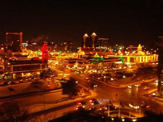 InterContinental Kansas City at the Plaza: Thanksgiving light