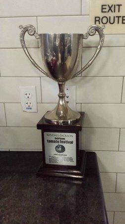 Kendall-Jackson Winery: Heirloom Tomato Trophy