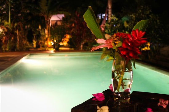 Minabali Bunga'lo: Romantic Dinner by the pool