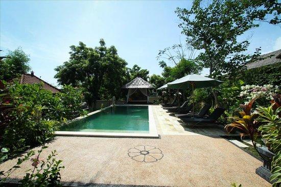 Minabali Bunga'lo: Pool Cabana