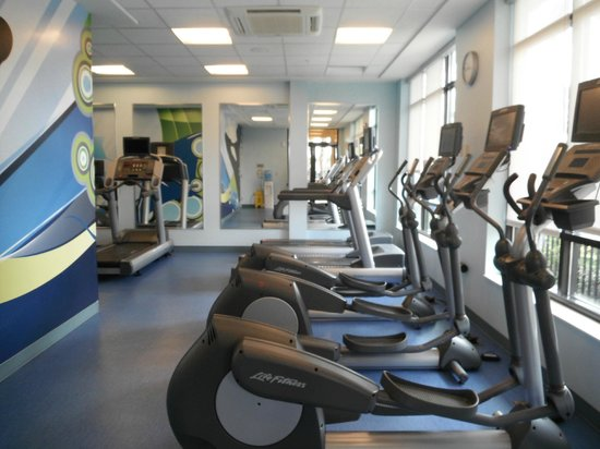 Fairfield Inn & Suites Orlando at SeaWorld® : Gimnasio