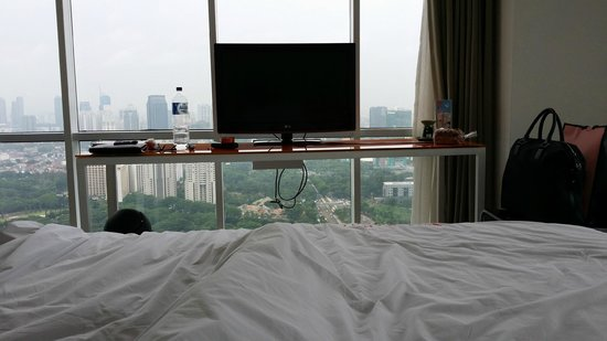 HARRIS Suites FX Sudirman: view from bed