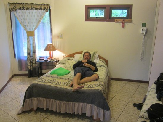 Cabinas El Pueblo Bed & Breakfast: Room #10